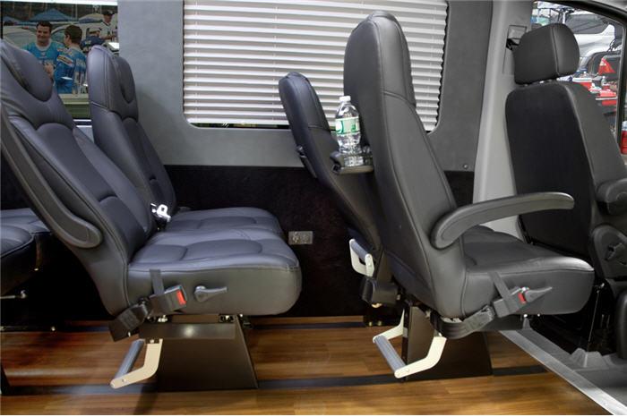Mercedes Sprinter Passenger Van >> 14 Passengers Sprinter Van - Limo Service NYC